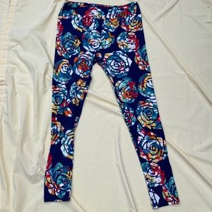 Knock out rose TC Lularoe new leggings